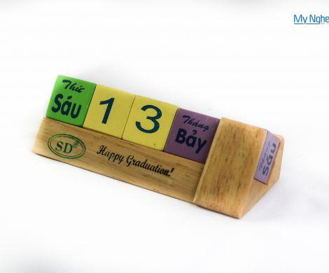 Lịch gỗ QTN01