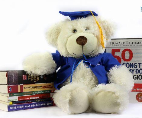 Gấu tốt nghiệp QTN10/1 áo xanh