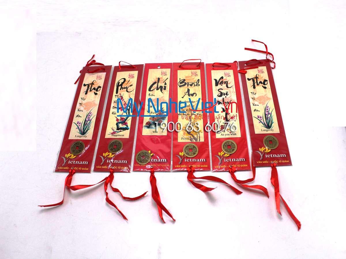 Thẻ đánh dấu sách (Bookmark) nền đỏ chữ thư pháp MNV- QTG20